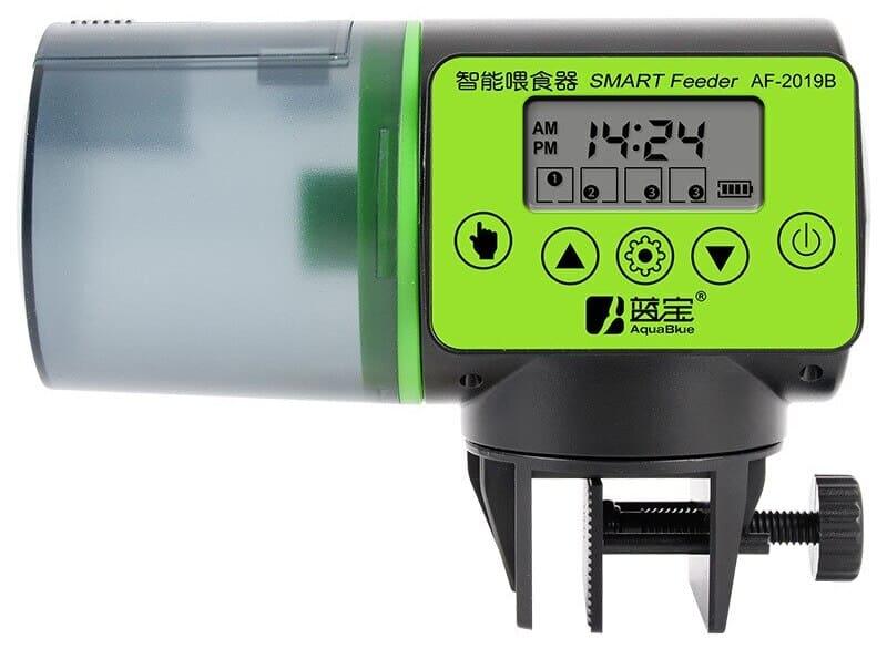 Модель с ЖК-дисплеем, который отображает время установки и зарядку